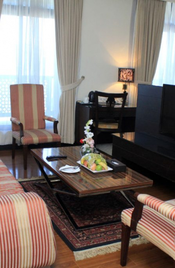Panoramic-Suite-Room-booking-Islamabad-Ramada-Islamabad-5