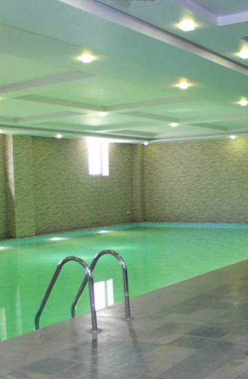 Swimming-Pool-Ramada-Islamabad-1