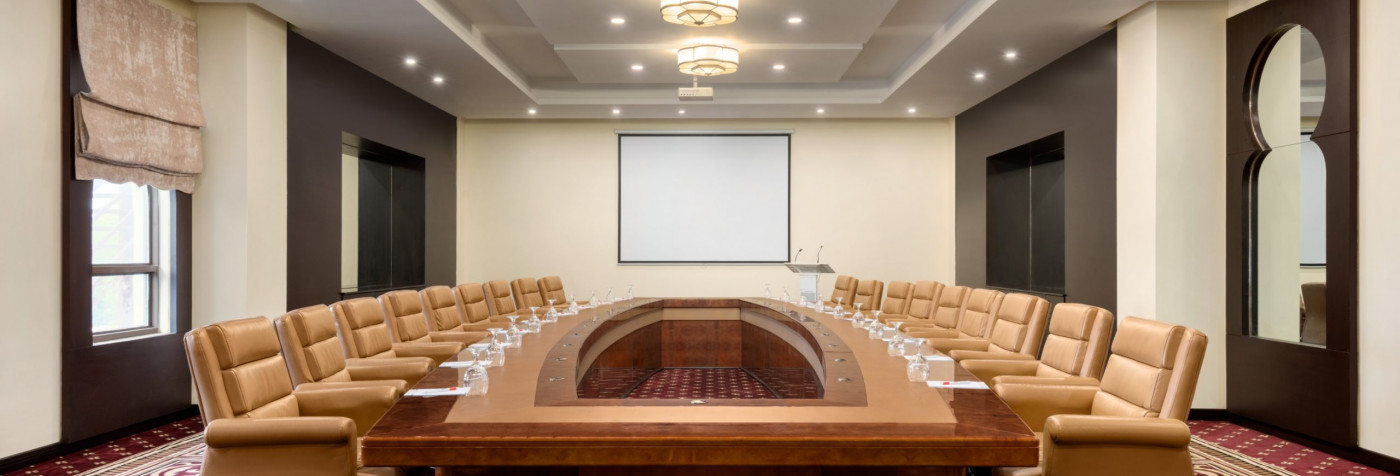 We offer a range of facilities for your corporate events