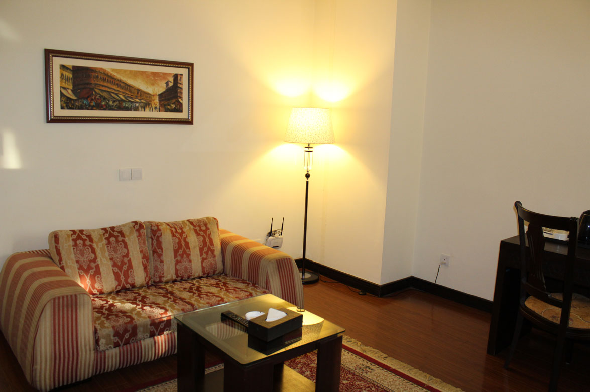 Deluxe-Suite-Accommodation-Islamabad-Business-Hotel-2