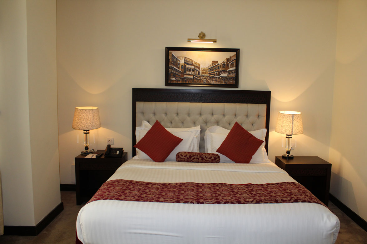 Deluxe-Suite-Accommodation-Islamabad-Business-Hotel