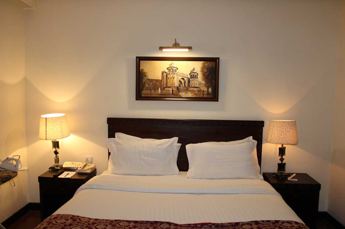 Disabled-friendly-hotel-Room-Ramada-Islamabad