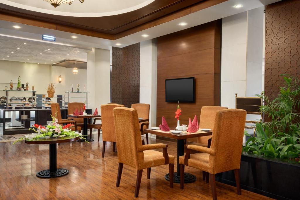 Maira-Multi-cuisine-restaurant-Islamabad-4